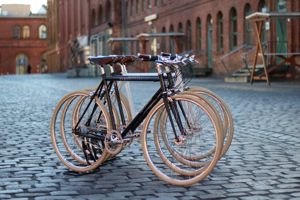 Corporate Bikes von Bugatti Shoes