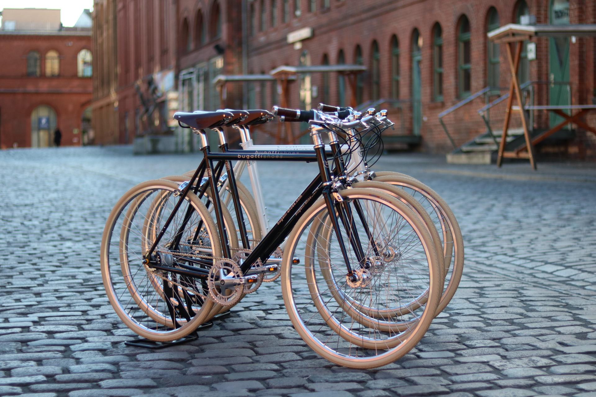 Corporate Bikes von Bugatti Shoes